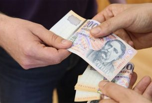 Fizetés, 20 000 Forint