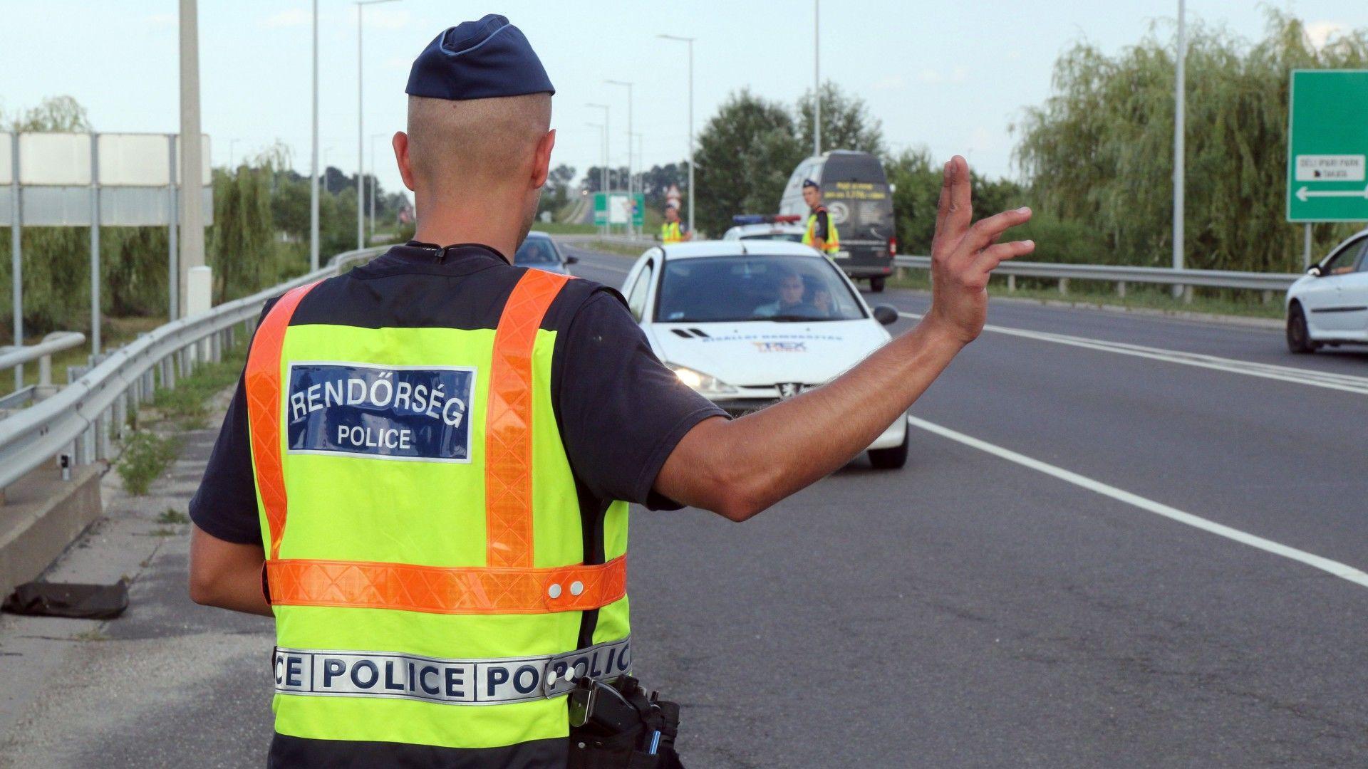 Rendőr, közúti ellenőrzése