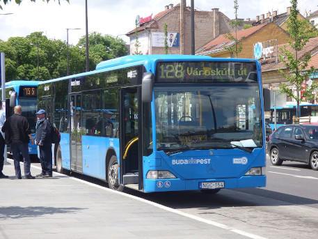 buszközlekedés